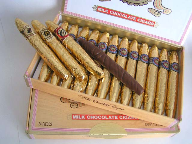 Fine Gold Chocolate Cigar Box - 24 cigars